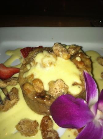 Bridge Road Bistro : praline bread pudding
