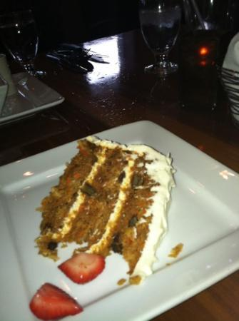 Bridge Road Bistro : carrot cake