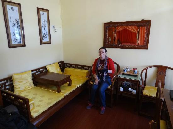 Beijing Sihe Courtyard Hotel: Executive room - lots of room