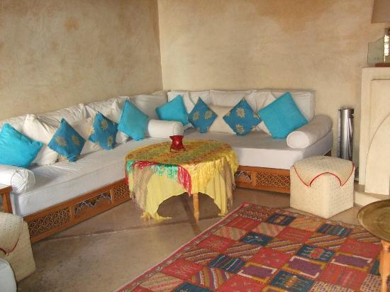 Dar Damana : First Floor Lounge