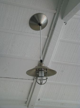 Labrador Landing: Awesome light fixtures...need to get them for my lake house!
