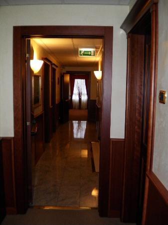 Hotel President: Pasillo