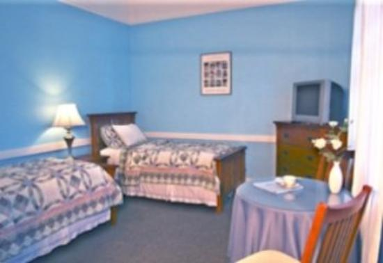 Edgartown Lodge: Guest Room