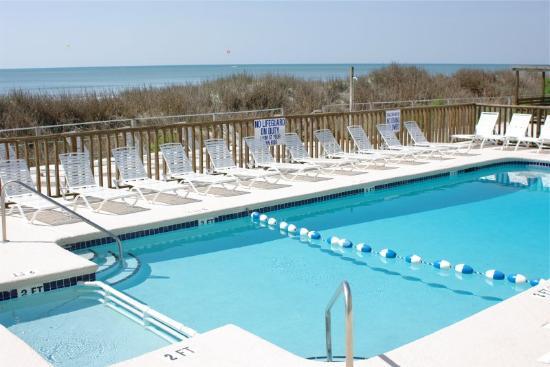 卡斯特威海灘飯店暨池畔酒吧照片