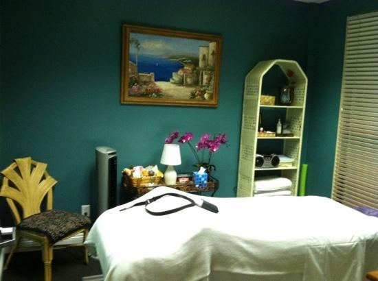 Spa at Lakeside : Massage room