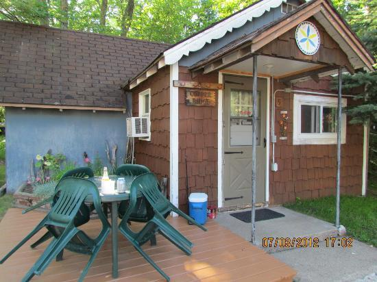 Peterson's Cottages: Our cabin