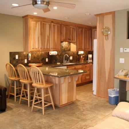 ResortQuest Trail View West : Kitchen B