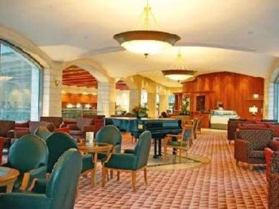 Grand Court Hotel: Lobby Lounge