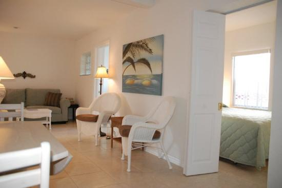 Blind Pass Resort: Deluxe 2 Bedroom - Inquire Directly