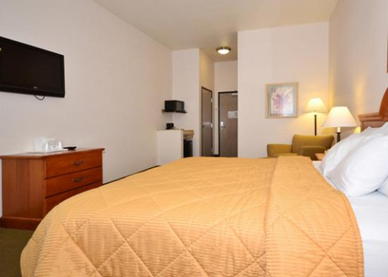 Comfort Inn & Suites Yuma: Room amenities