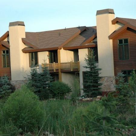The Cove at Park Meadows: Summer