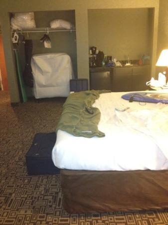 Holiday Inn Express Harrisonburg : big room