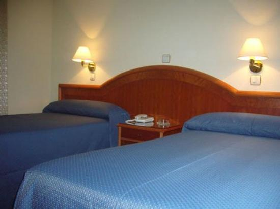 Domus Buenos Aires Hotel: Guest Room