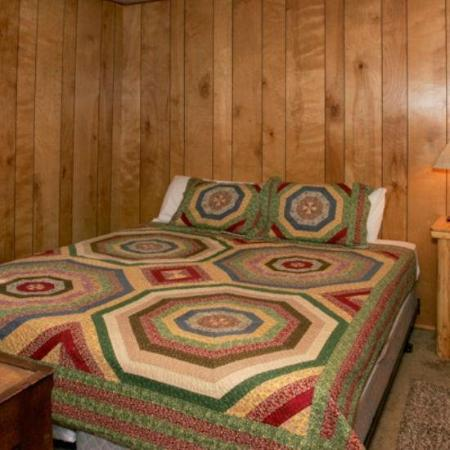 Big Bear Vacations: Interior