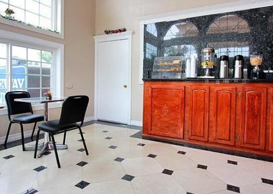 Rodeway Inn Cypress: Restaurant