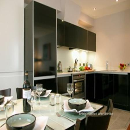Park Row Apartments : PRow Kitchen