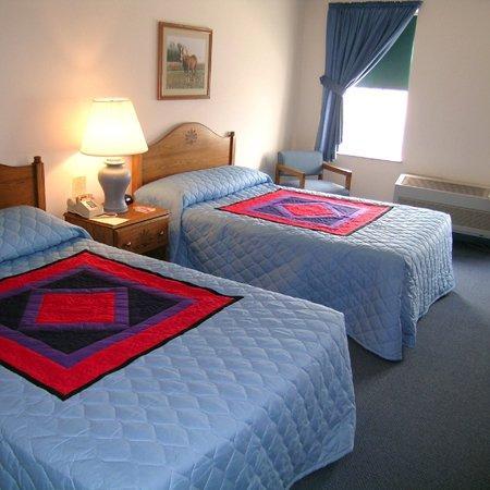 The Nappanee Inn: Guest Room
