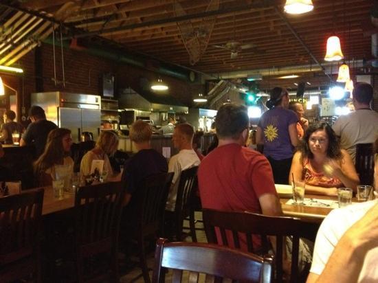 McGlinn's Public House: Fun pub!