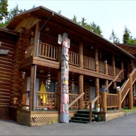 Salmon Falls Resort: Exterior