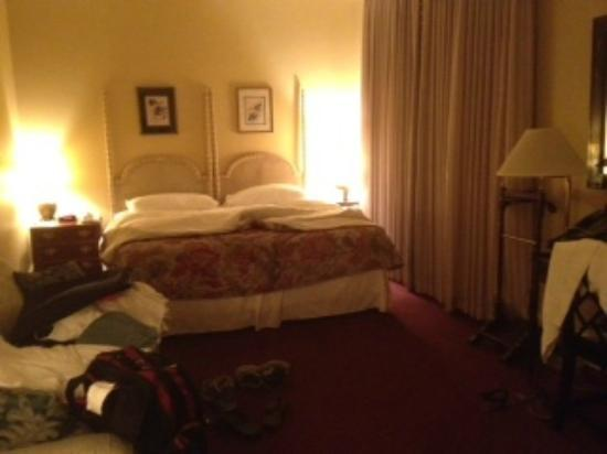 The Lafayette Hotel: The room