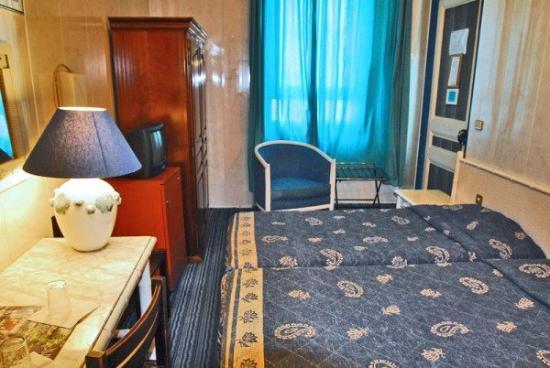 Atlantis Hotel: Guest Room