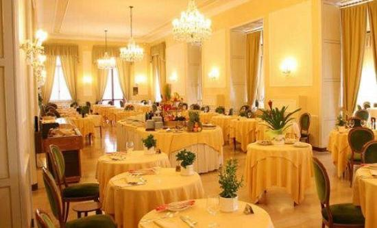 Grand Hotel Porro: Restaurant