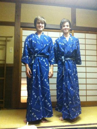 Kikokuso: Boys in Yukata for Kaiseki meal