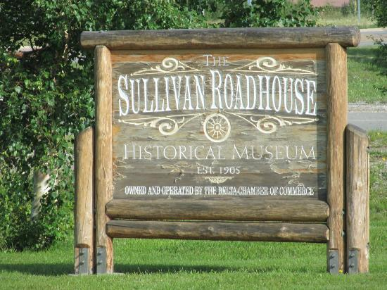 Sullivan Roadhouse Historical Museum: Sign