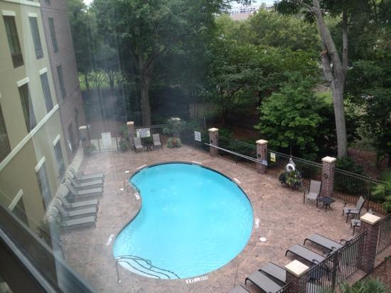 Holiday Inn Express Hotel & Suites Mt Pleasant-Charleston: Room with Pool View