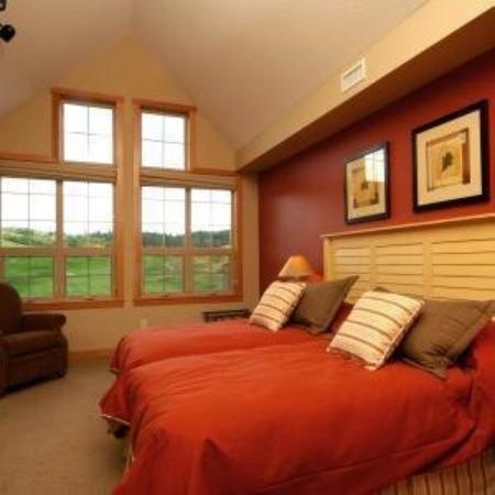 Predator Ridge Resort: Guest Room