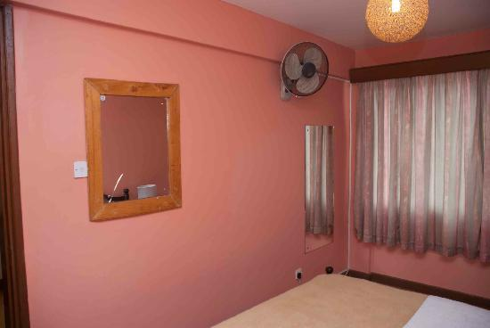 Progressive Park Hotel: Inside the bedroom