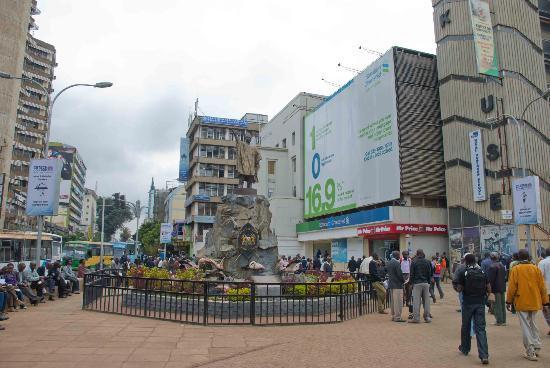 Crowds around the Tom Mboya Statue