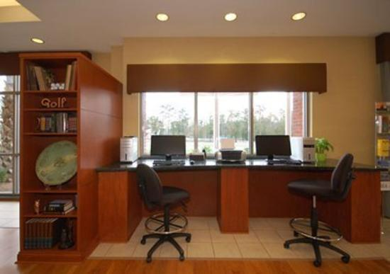 Holiday Inn Express Leland-Wilmington Area: Lobby (OpenTravel Alliance - Lobby view)