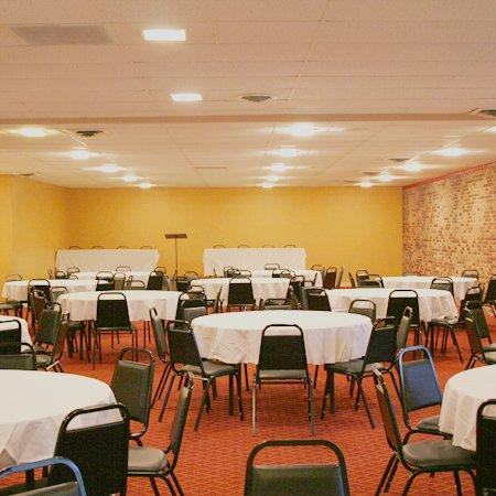 Ridge Crest Plaza Inn & Suites: Ridge Crest Plaza West Plains MOMeeting Room