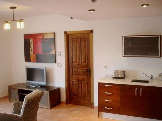 Apartamentos Turisticos La Santa Cruz : Guest Room