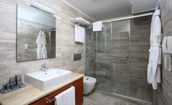 Hotel Polatdemir: Bathroom