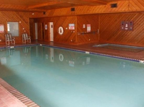 Lighthouse Cove Condominium Resort: Pool