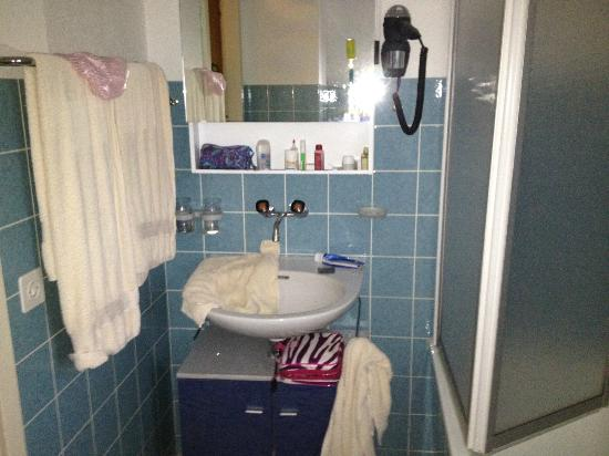 ‪هوتل كيرشبويل: Bathroom - Hilty Hus 503‬