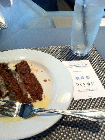 Chicago Chocolate and Dessert Tour : Devon tasting plate - carrot cake