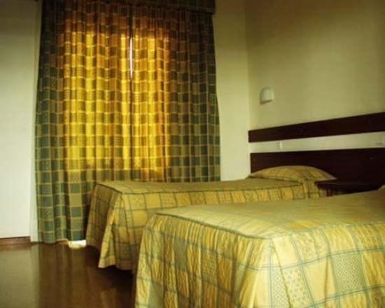 Seminario Torre d'Aguilha Hotel : Room