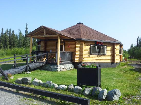 Golden Spruce Cabins : Cafe - restrooms and shower are in here as well. Plus they have wifi.