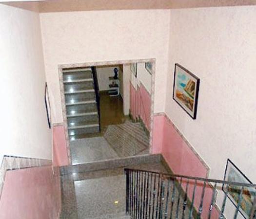 Hotel Siro: Hotel Interior Stairs