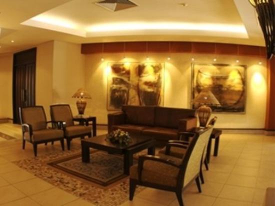 Safari Hotel: Interior