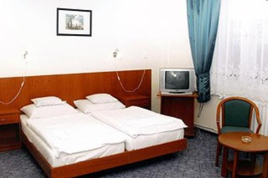 Hotel Oktav: Guest Room