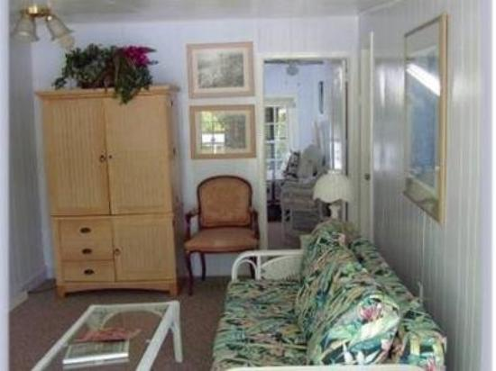 Nassau House: Other Hotel Services/Amenities