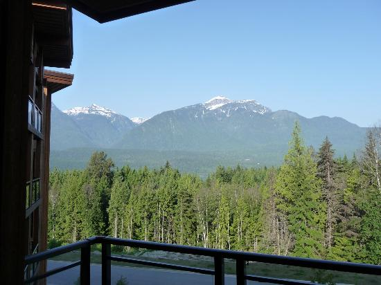 The Sutton Place Hotel Revelstoke Mountain Resort: View from the balcony