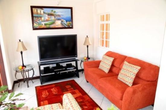 Augusta's Apartments : Livingarea