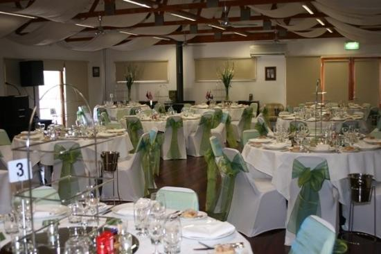 Yering Gorge Cottages: Function Room