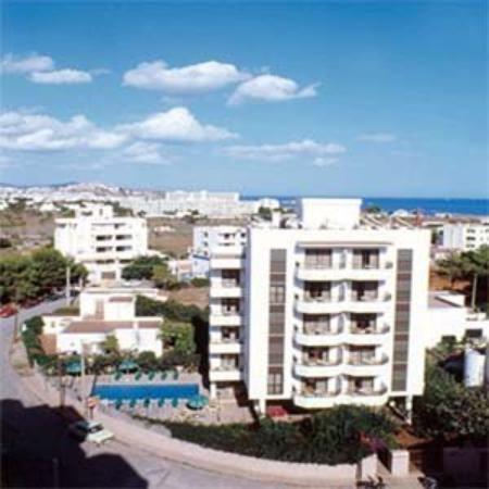 Apartaments Es Canto Bossa: Hotel