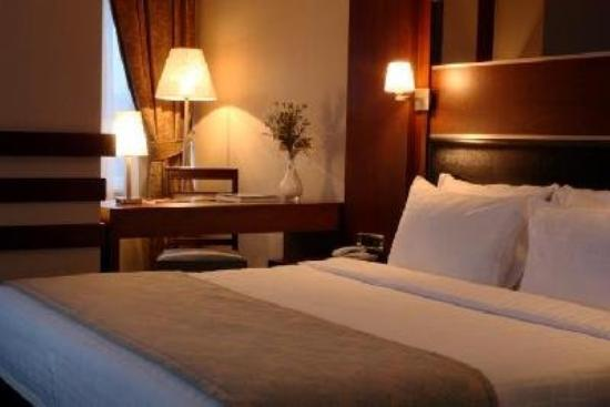 Dream Hill Business Deluxe Hotel: Standart Room French Bed